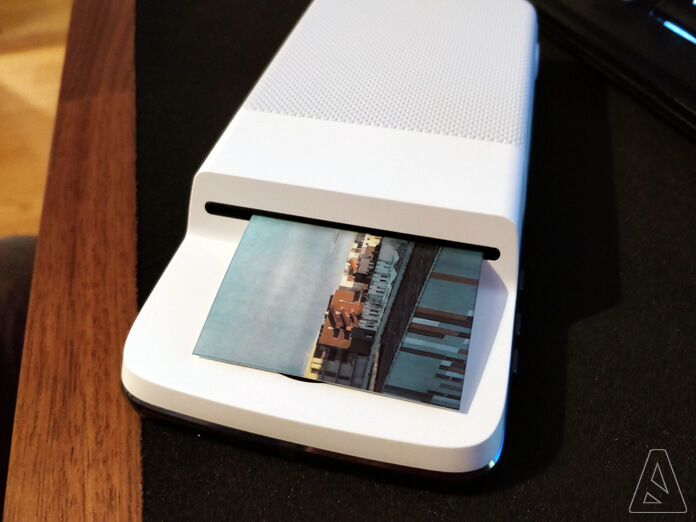 Impression - Polaroid Insta-Share Printer